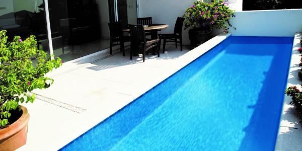 Bermuda Lap Pool
